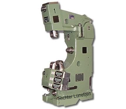 FAT TUR 800 Mnx600 - C-Form Lünette mit nach oben aufklappbarem Oberteil, gebaut von H. Richter Vorrichtungsbau GmbH, Deutschland