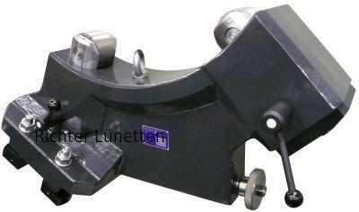 Doosan Puma 800 XL - Rollenbock, gebaut von H. Richter Vorrichtungsbau GmbH, Deutschland