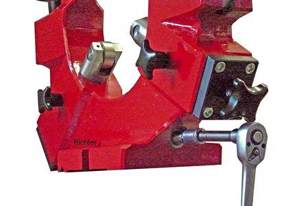 Hintere Pinole von vorn bedienbar, gebaut von H. Richter Vorrichtungsbau GmbH, Deutschland