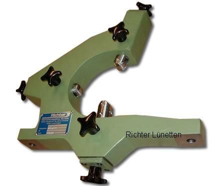 Gildemeister NEF560 - Luneta seguidera con 3 pínolas, fijacion superior, construido por H. Richter Vorrichtungsbau GmbH, Alemania