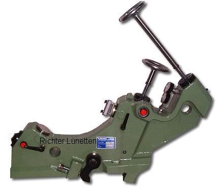 Kellenberger & Co. AG - Lunette de ponçagepour meuleuse a entraînement hydraulique, construit par H. Richter Vorrichtungsbau GmbH, Allemagne