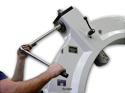 Actionnement des fourreaux, construit par H. Richter Vorrichtungsbau GmbH, Allemagne
